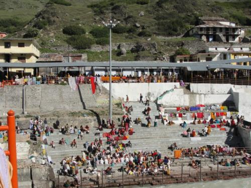 Badrinath Temple Surroundings