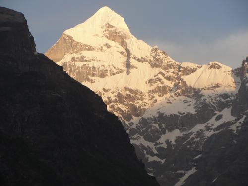 Neelkanth Parbat - Badrinath