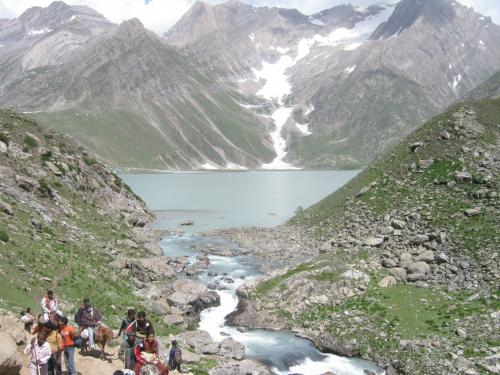 Sheshnaag Lake